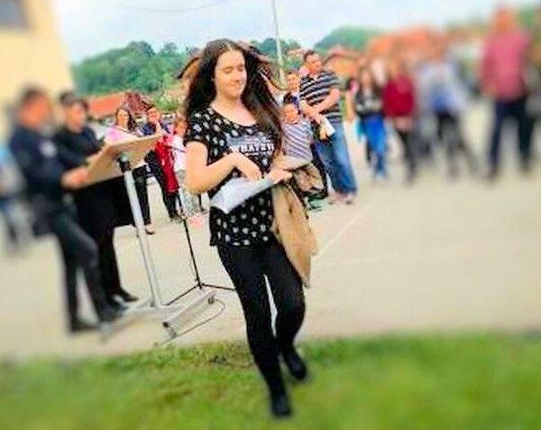 Osnovna škola Dubrave: Nagrađena Ajla Halilčević